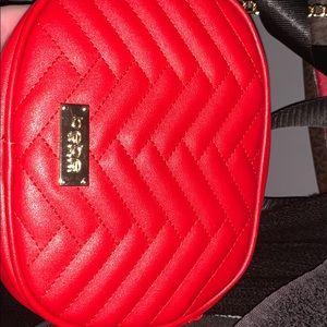 red bebe bag